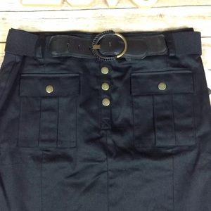 Dana Buchman Skirts - ❗️SOLD❗️Dana Buchman black pencil skirt with belt